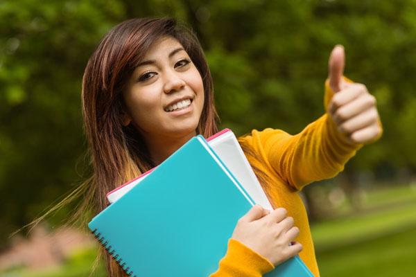 Langkah-langkah penting untuk memohon melalui UPU - pelajar wanita layak secara akademik memohon